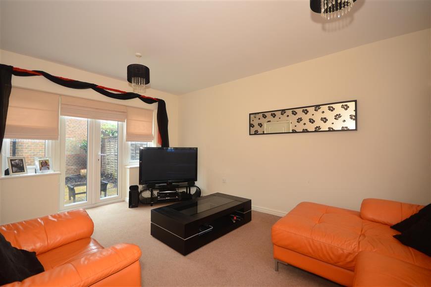4 Bedrooms Semi Detached House for sale in Hazen Road, Kings Hill, West Malling, Kent