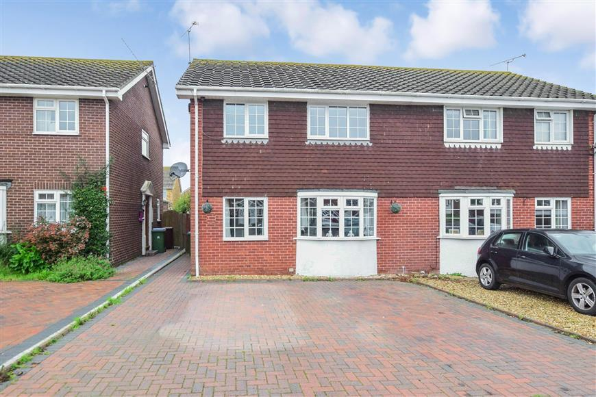 4 Bedrooms Semi Detached House for sale in The Hooe, Littlehampton, West Sussex