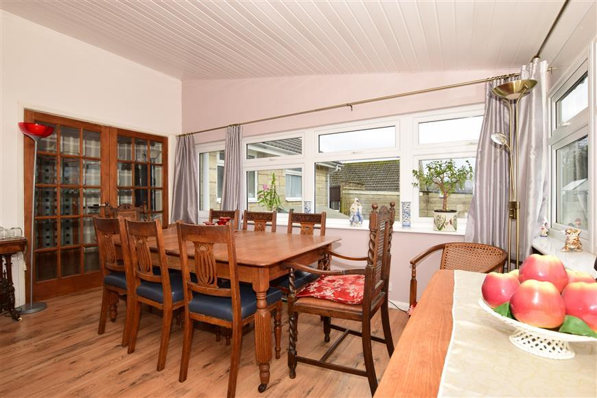 3 Bedrooms Detached Bungalow for sale in Nettlecombe Lane, Whitwell, Isle of Wight