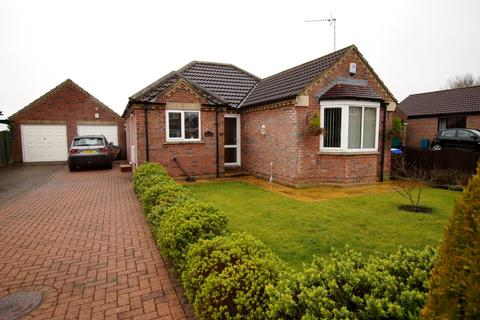 2 bedroom detached bungalow to rent - Westend Falls, Nafferton, Driffield