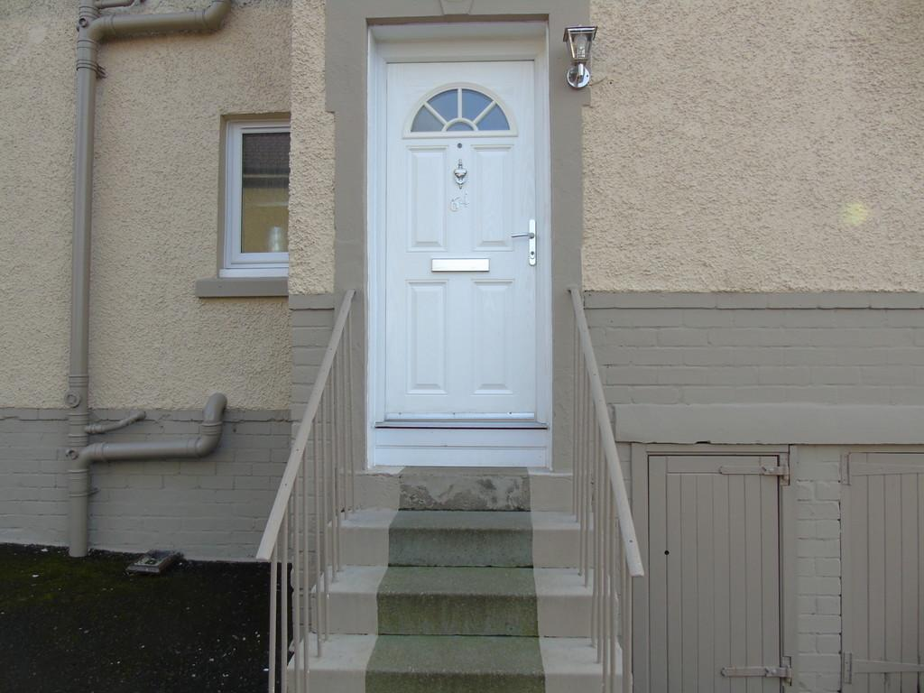 2 Bedrooms Flat for sale in Drumgelloch Street, Clarkston, Airdrie, ML6