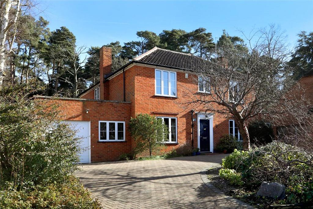 5 Bedrooms Detached House for sale in Woodend Drive, Sunninghill, Berkshire, SL5