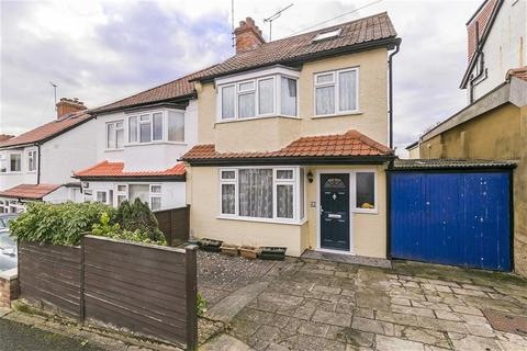 3 bedroom semi-detached house for sale - The Greenway, Epsom, Surrey
