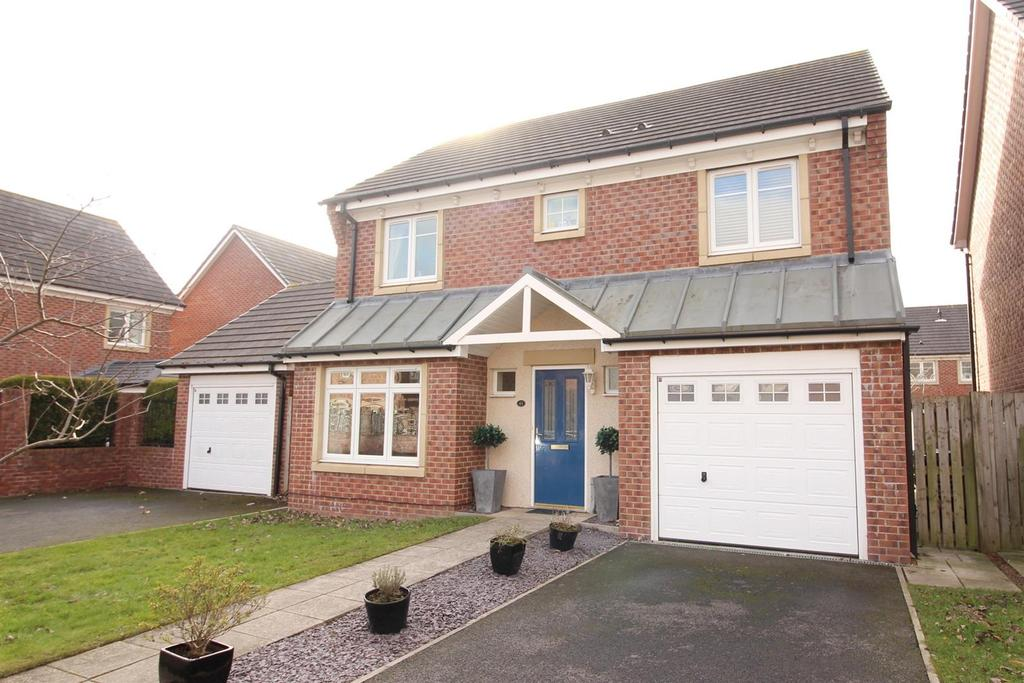 4 Bedrooms Detached House for sale in Manor Park, Benton, Newcastle Upon Tyne