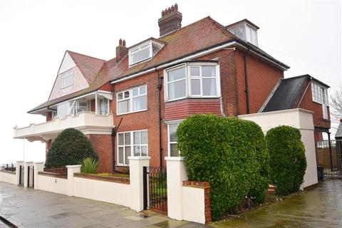 3 bedroom flat for sale - Fifth Avenue, Cliftonville, Margate, Kent