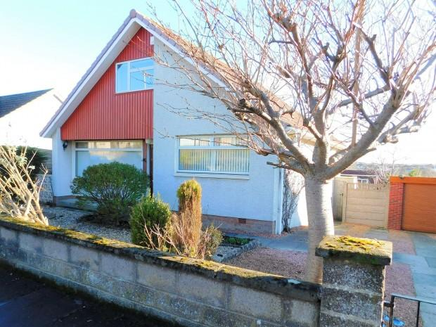 4 Bedrooms Detached House for sale in Scotland Drive, Dunfermline, KY12