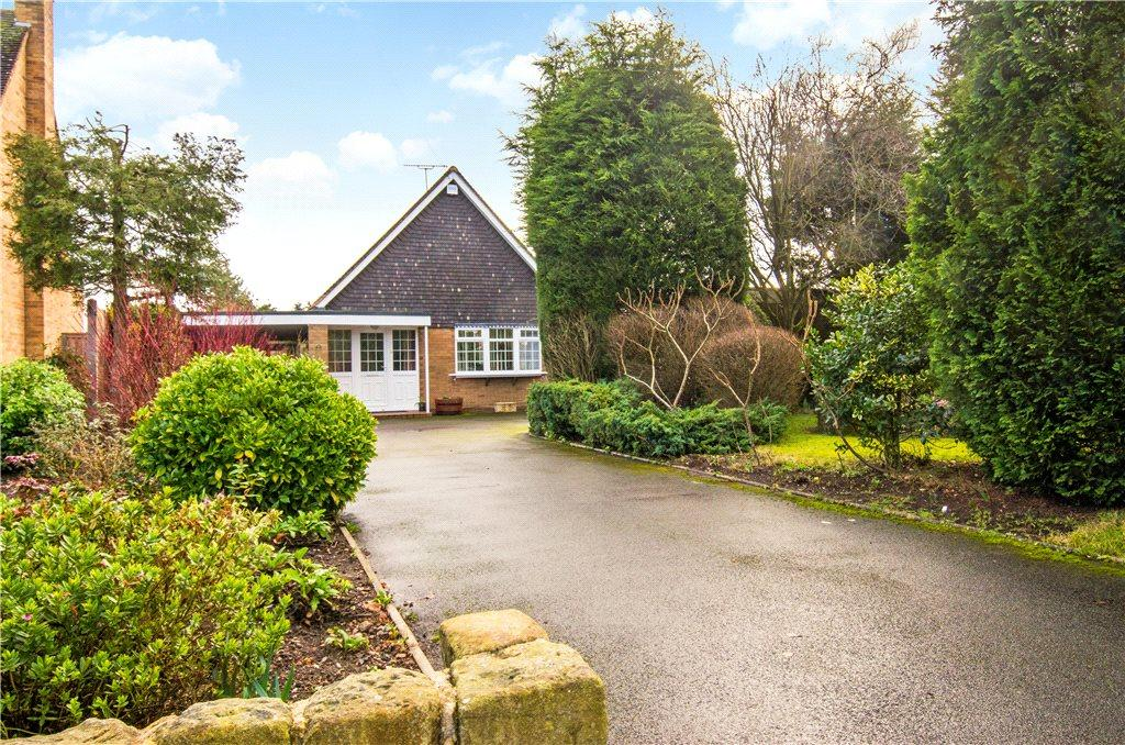 4 Bedrooms Detached Bungalow for sale in Corbett Avenue, Droitwich, Worcestershire, WR9