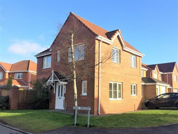 3 Bedrooms Detached House for sale in Kings Drive, Dunfermline, KY11