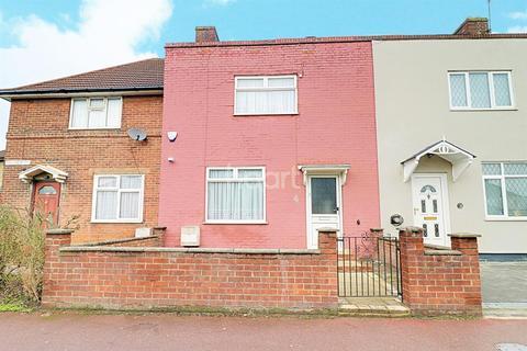 3 bedroom terraced house for sale - Downing Road, Dagenham