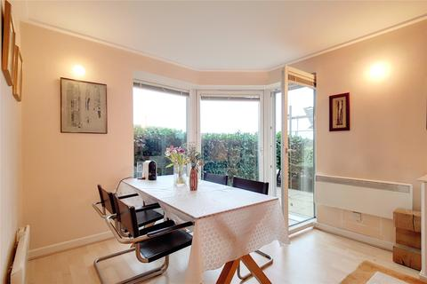 2 bedroom flat for sale - Seacon Tower, Hutchings Street, London, E14