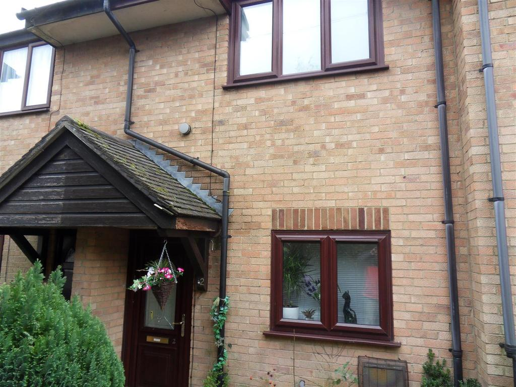 2 Bedrooms House for sale in Uffa Fox Place, Cowes