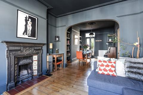 4 bedroom terraced house for sale - Robertson Road Brighton East Sussex BN1