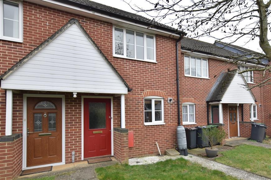 2 Bedrooms Terraced House for sale in Coronation Road, Waterlooville, Hampshire