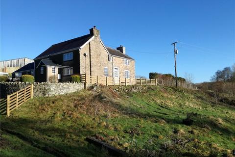 Farm to rent - Dolanog, Welshpool, Powys, SY21