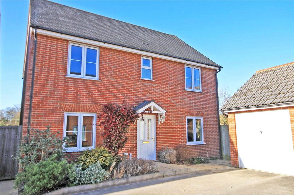 4 Bedrooms Detached House for sale in Grafton Drive, Highfields, Caldecote, Cambridge, CB23