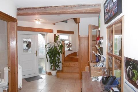 4 bedroom detached house to rent - Trapp, Llandeilo, Carmarthenshire.