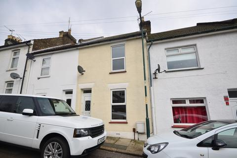 2 bedroom terraced house to rent - Banning Street Rochester ME2
