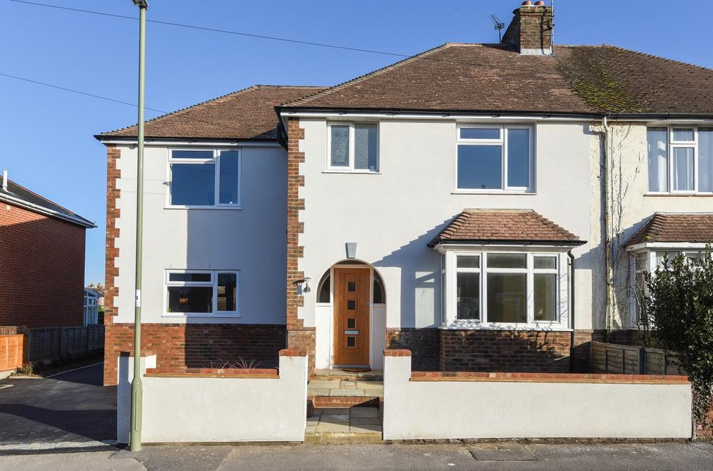 4 Bedrooms Semi Detached House for sale in Saint James' Road, Emsworth, PO10