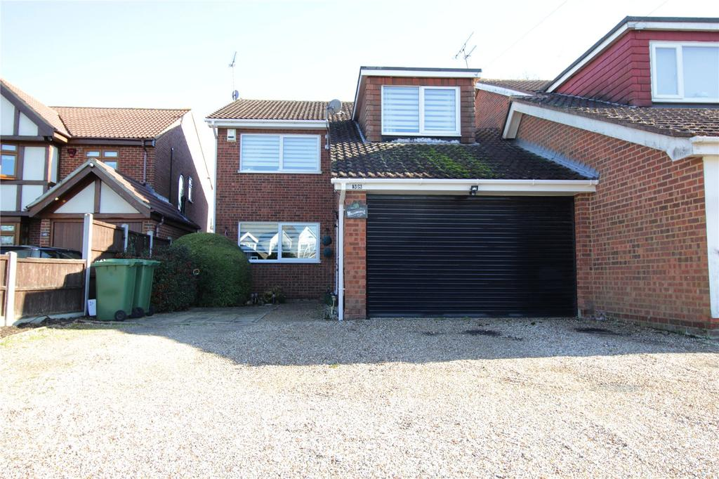 4 Bedrooms Detached House for sale in High Road North, Steeple View, Essex, SS15