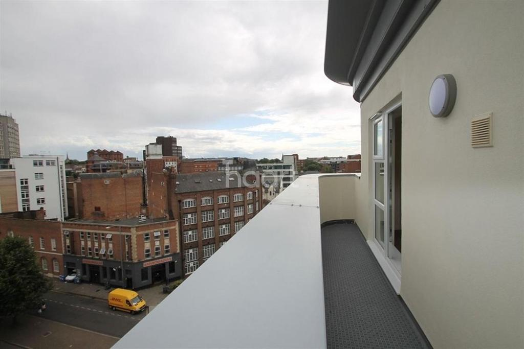 2 Bedrooms Flat for sale in Penthouse apartment Leicester city centre