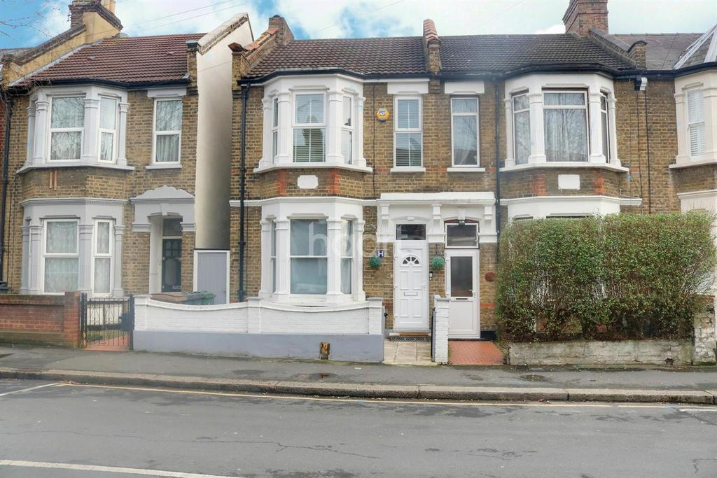3 Bedrooms Flat for sale in Canterbury Road