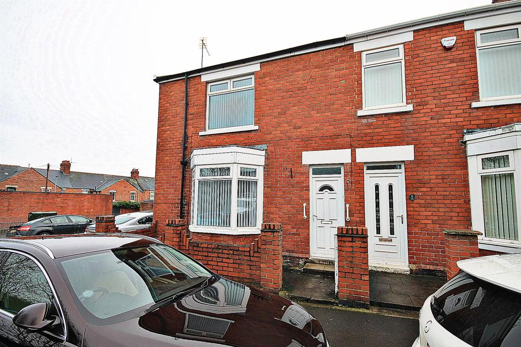 3 Bedrooms End Of Terrace House for sale in Relton Terrace, Chester Le Street