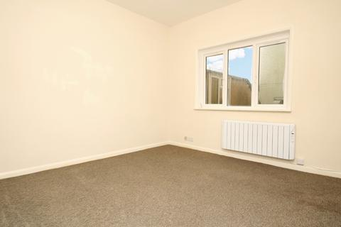 Studio to rent - St. James's Street, Brighton, BN2
