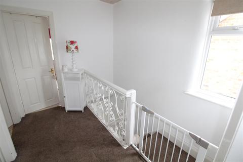 3 bedroom semi-detached house for sale - Grimsby Road, Humberston, Grimsby
