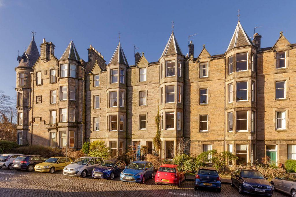 2 Bedrooms Flat for sale in 1 (1F1), Marchmont Street, Edinburgh, EH9 1EJ