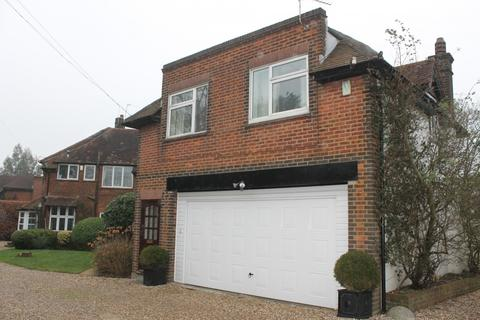 2 bedroom flat to rent - The Chilterns, Red Hill, Denham, Middlesex