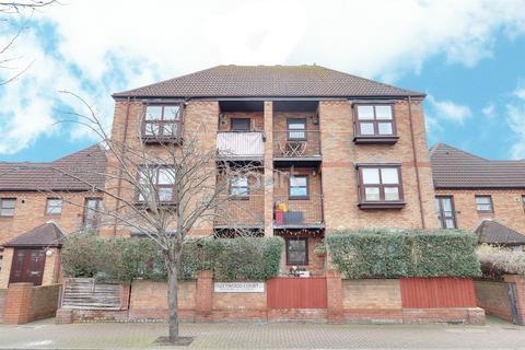 1 bedroom flat for sale - Fleetwood Court