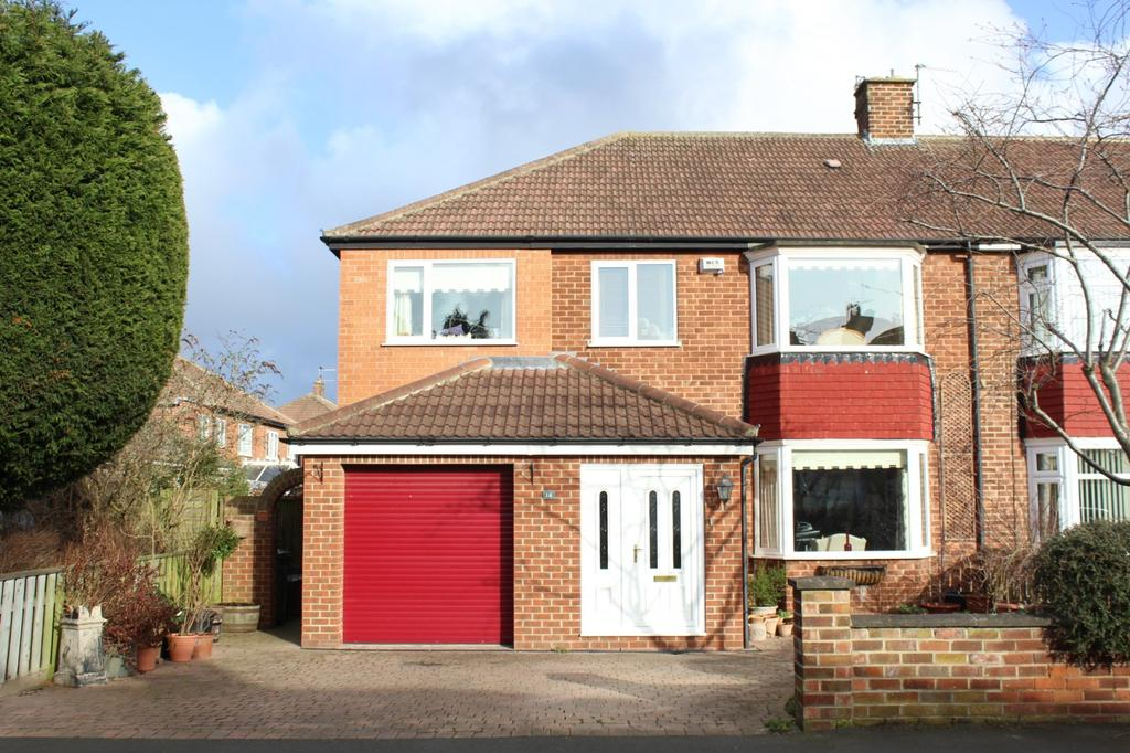 4 Bedrooms Semi Detached House for sale in Countisbury Road, Norton, TS20