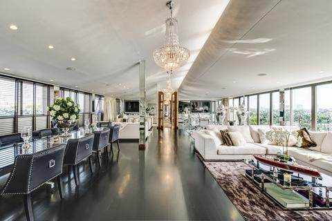 3 bedroom penthouse to rent - Petersham House, 29-37 Harrington Road, London