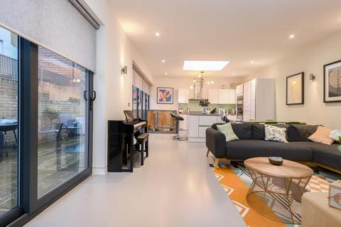 2 bedroom detached house for sale - David Mews, Greenwich