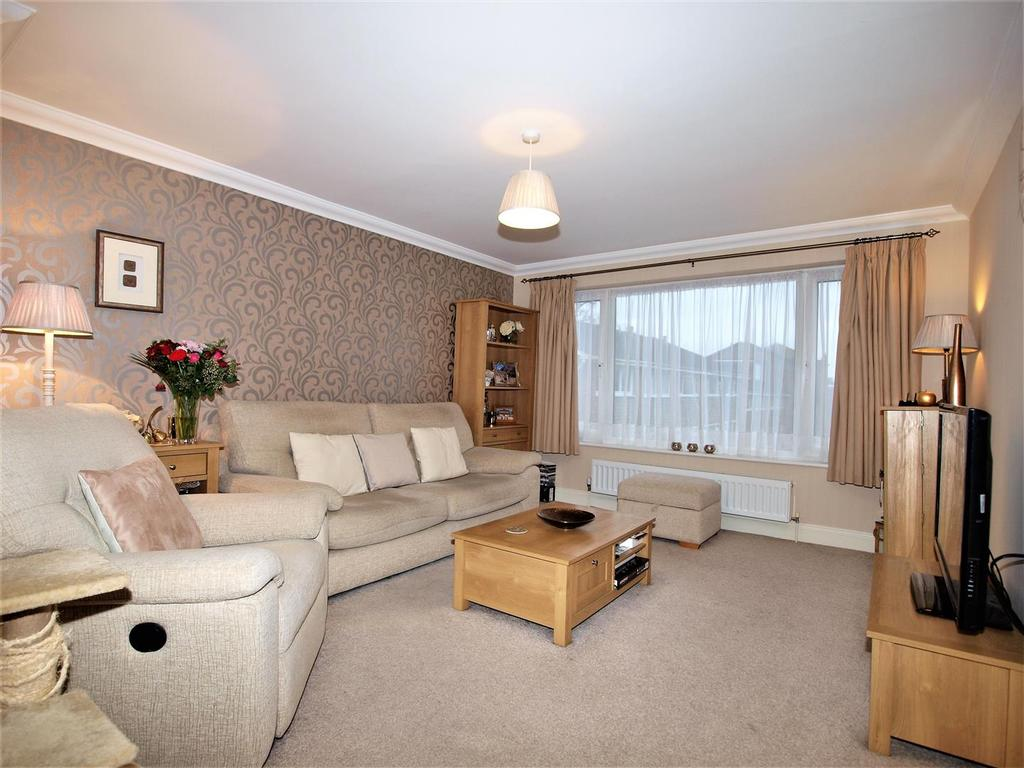 3 Bedrooms Terraced House for sale in Bracken Hill Close, Bromley, BR1