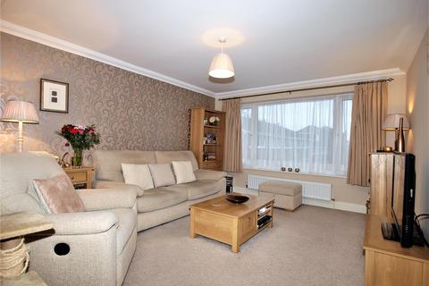 3 bedroom terraced house for sale - Bracken Hill Close, Bromley, BR1