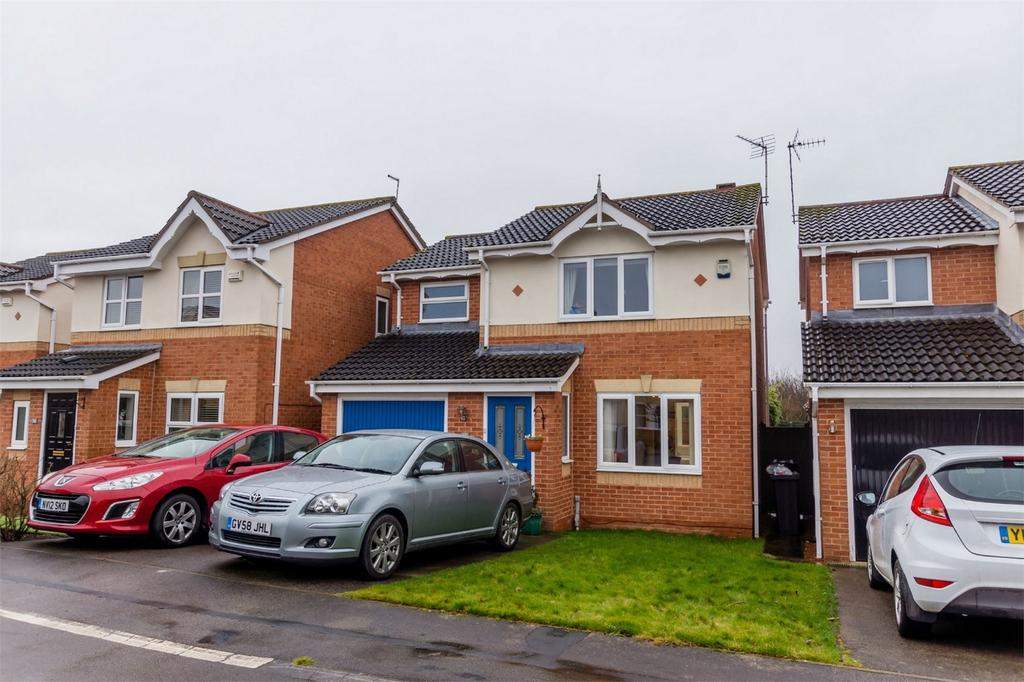 3 Bedrooms Detached House for sale in Woodland Chase, York