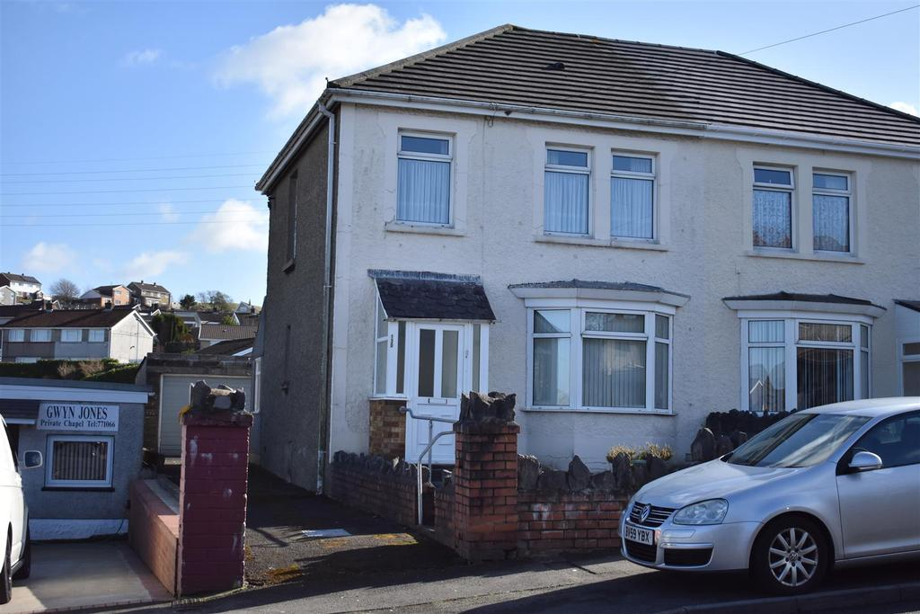 3 Bedrooms Semi Detached House for sale in Trallwn Road, Llansamlet, Swansea