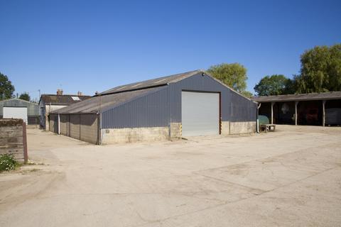 House to rent - Lower Farm, Chisbury, Marlborough, Wiltshire