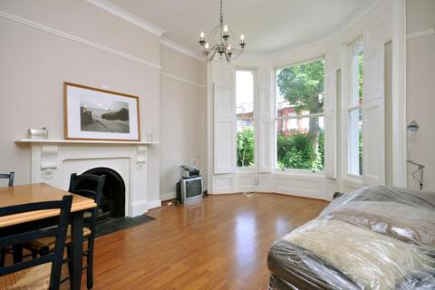 2 bedroom flat to rent - Lime Grove, London, W12