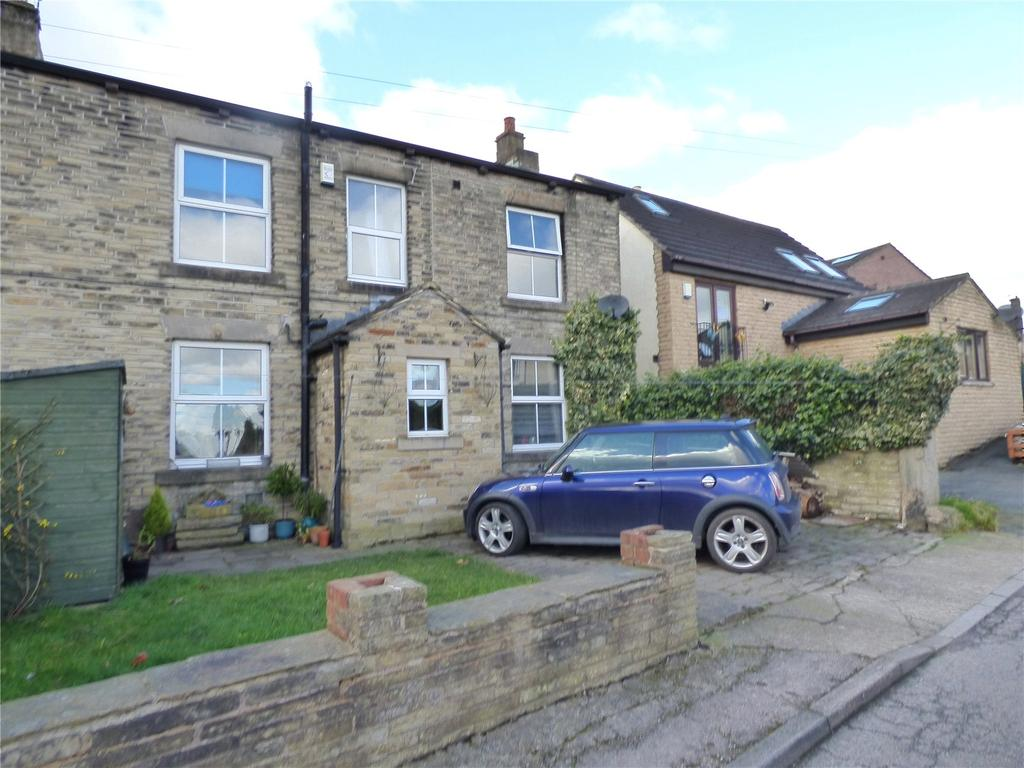 3 Bedrooms End Of Terrace House for sale in Balks, Hightown, Liversedge, WF15