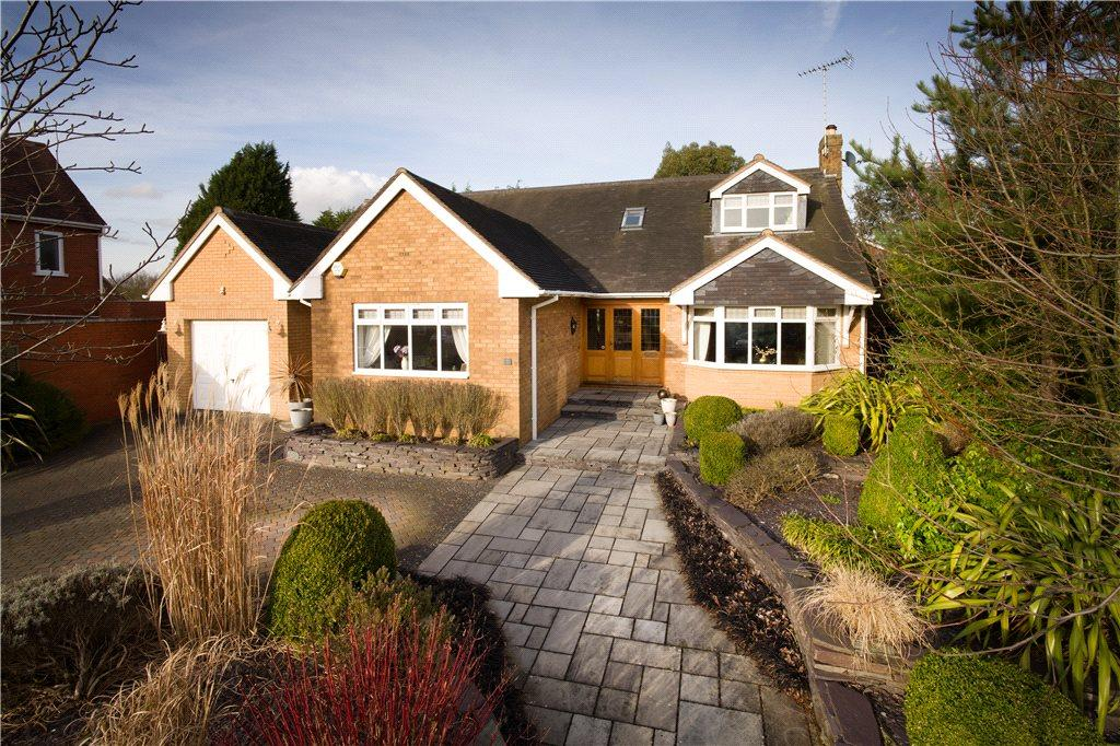 3 Bedrooms Detached Bungalow for sale in Orchard Grove, Kinver, Stourbridge, Staffordshire, DY7