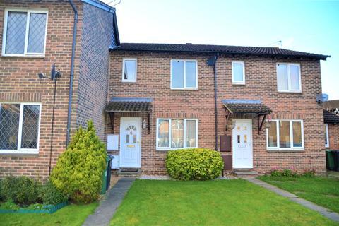 3 bedroom townhouse for sale - Torcross Grove, Calcot, Reading, Berkshire, RG31