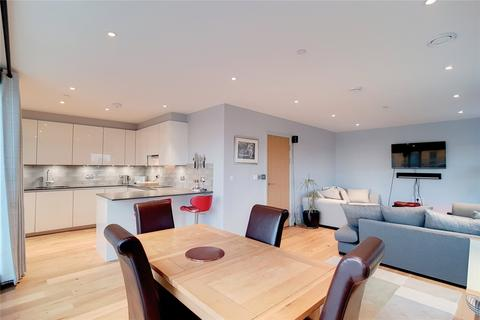 3 bedroom flat for sale - Maud Street, London, E16