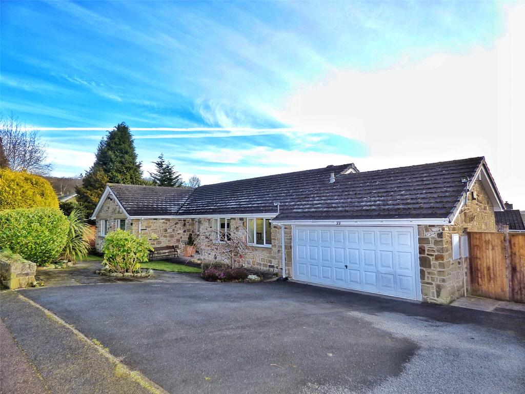 4 Bedrooms Detached Bungalow for sale in Jilley Royd Lane, Fixby, Huddersfield, West Yorkshire, HD2
