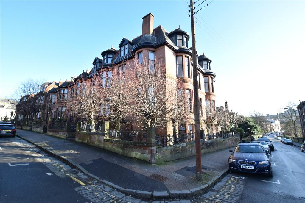 2 Bedrooms Apartment Flat for sale in Garden Flat, Dowanhill Street, Dowanhill, Glasgow