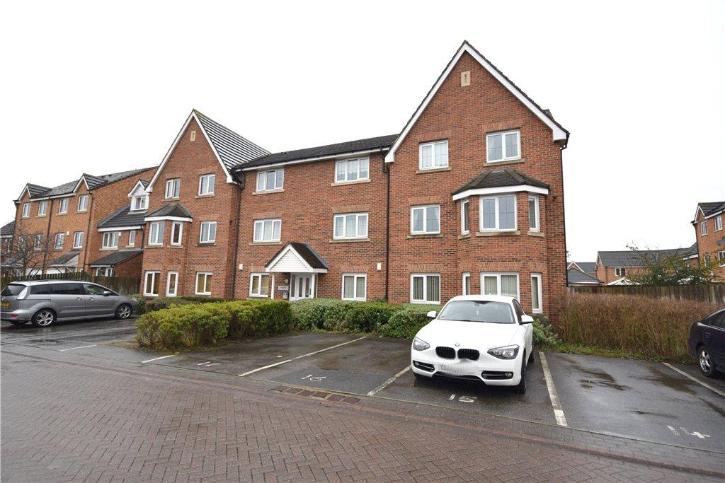 2 Bedrooms Apartment Flat for sale in Pavilion Gardens, Farsley, Leeds, West Yorkshire