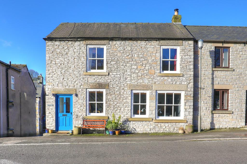 4 Bedrooms Semi Detached House for sale in Queen Street, Tideswell