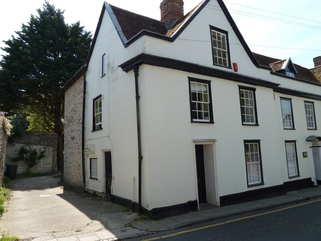 3 Bedrooms End Of Terrace House for sale in White Hart Street, Thetford