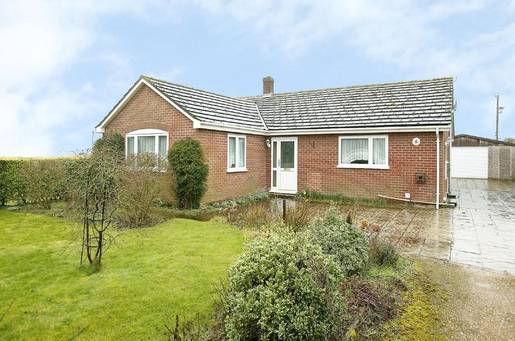 3 Bedrooms Detached Bungalow for sale in Rode Lane, Carleton Rode